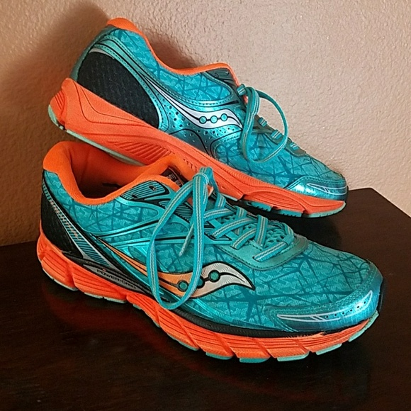 434d6a3ac2 Saucony Neutral Breakthru Running Shoes